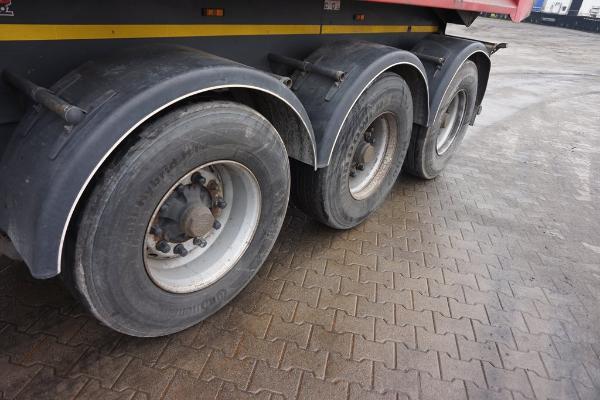 Naczepa ciężarowa INTER CARS