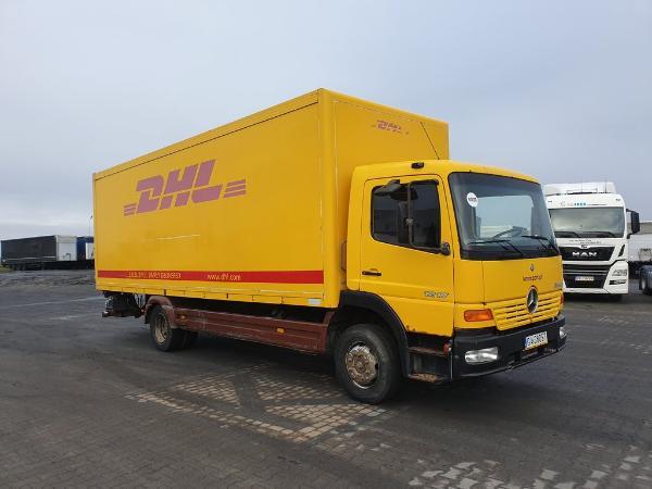 Samochód ciężarowy DAIMLERCHRYSLER- KM Import