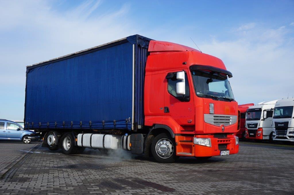 Samochód ciężarowy RENAULT- KM Import
