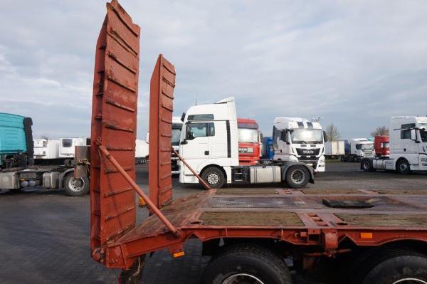 Naczepa ciężarowa ZREMB