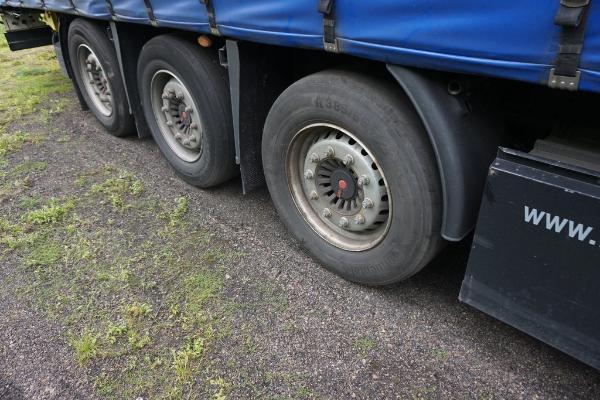 Naczepa ciężarowa KOGEL
