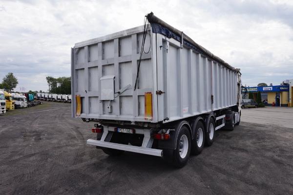 Naczepa ciężarowa BENALU - KM Import